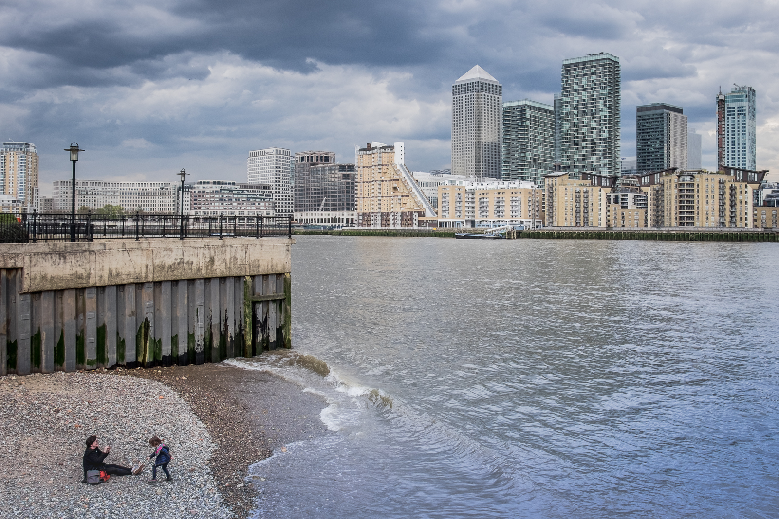 20160413_Southwark_Rotherhithe-Street_Thames-beach