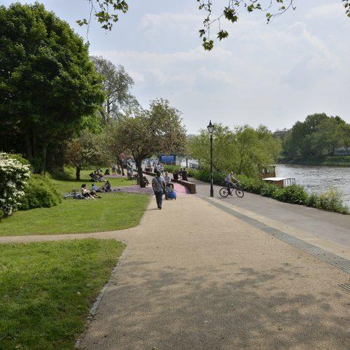 2016-05-12-Richmond_Thames-Path_Richmond-to-Petersham_Spring