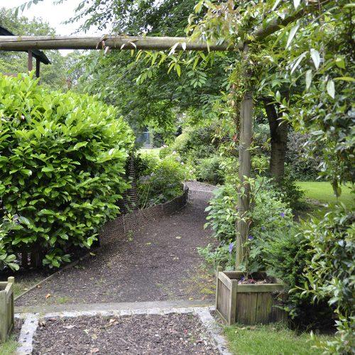 20160619-Kensington_Summer_Garden-Square_Norland-Square_OGS