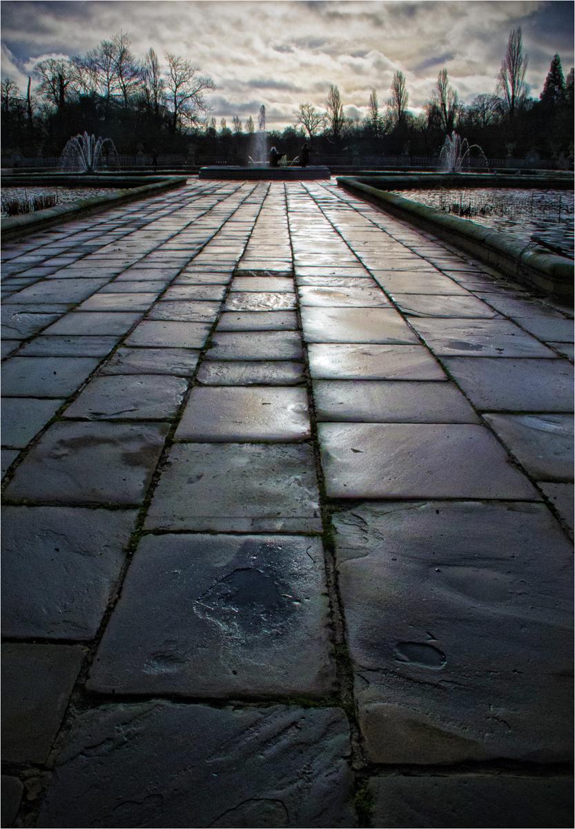 Kensington-Gardens-Italian-Garden