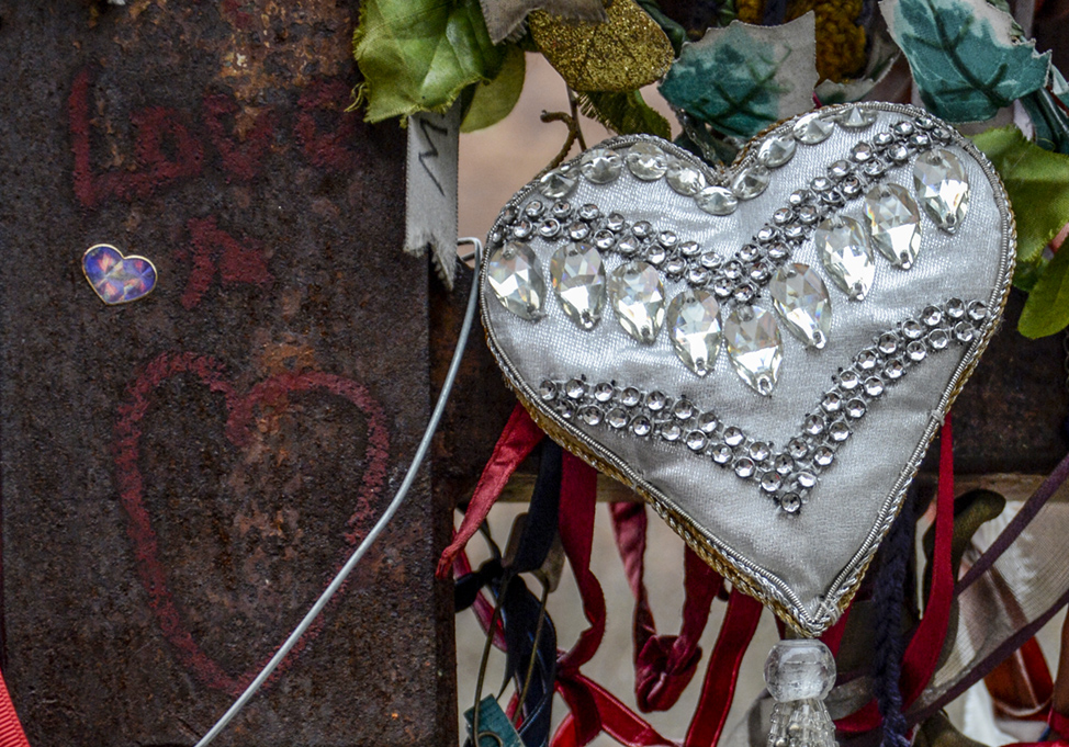 20170114_southwark_crossbones-graveyard_soft-and-hard-hearts