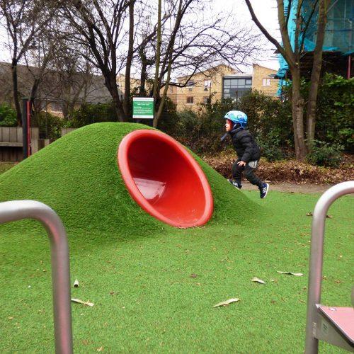 20170126_Waltham-Forest_Artesian-Gardens-Playground_Uphill-Fun