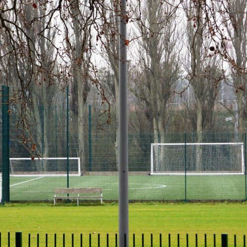 20170126_Waltham-Forest_Drapers-Field-Recreation-Ground_Silence-beyond-a-busy-road
