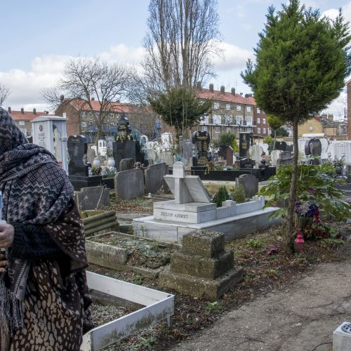 20170224_Enfield_Tottenham-Cemetery-Park-_Paying-respect