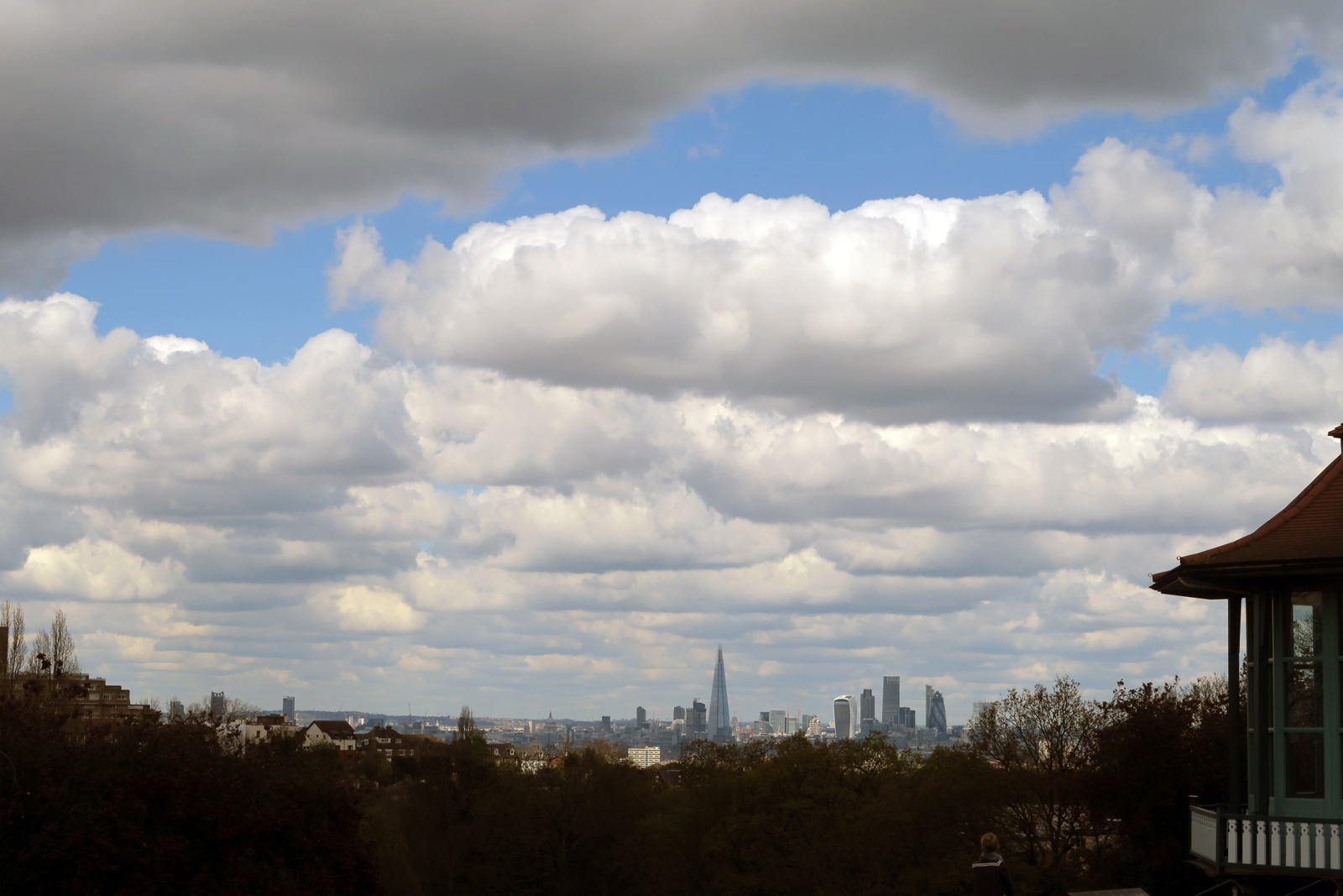 07-London-Skyline-view-from-Horniman-Gardens-17_4_16