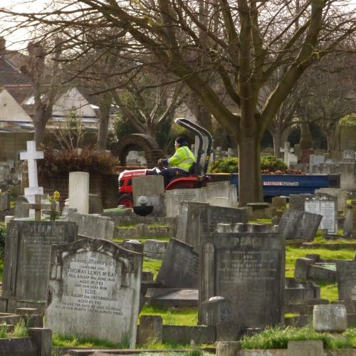 20170306_Redbridge_Barkingside-Cemetery_Trailers-of-the-Graveyard