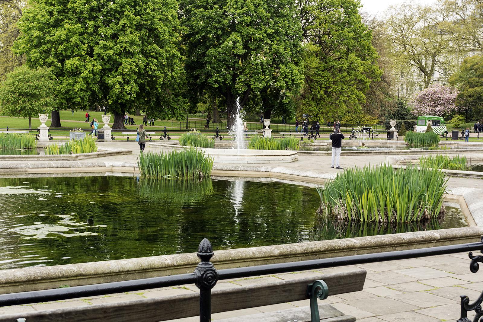 20147-04-17-Hyde-Park_Kensington-Gardens_Spring_Landscape-View-across-the-gardens
