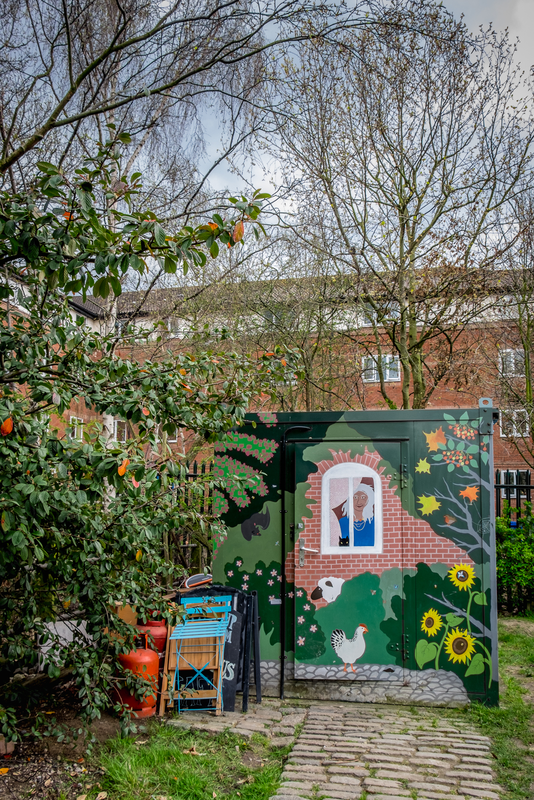 20160413_Southwark_Surrey-Docks-Farm_Pretty-Farm-Shed1