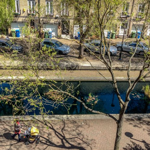 20160504_Southwark_Albion-Channel_Strolling-along-with-baby