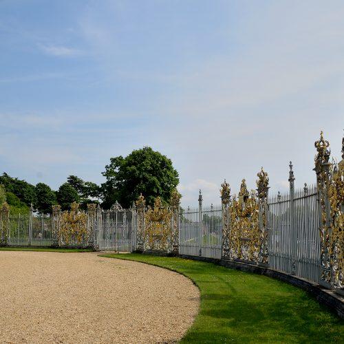 2016069_Richmond_Hampton-Court-gardens_The-golden-gates