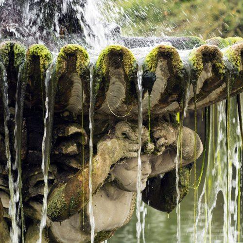 2017-04-17-Hyde-Park_Italianate-Gardens_Statue-Details