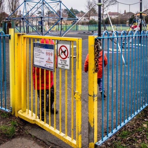 20170215_Bexley_Riverside-Walk_Red-Jackets-at-Playground