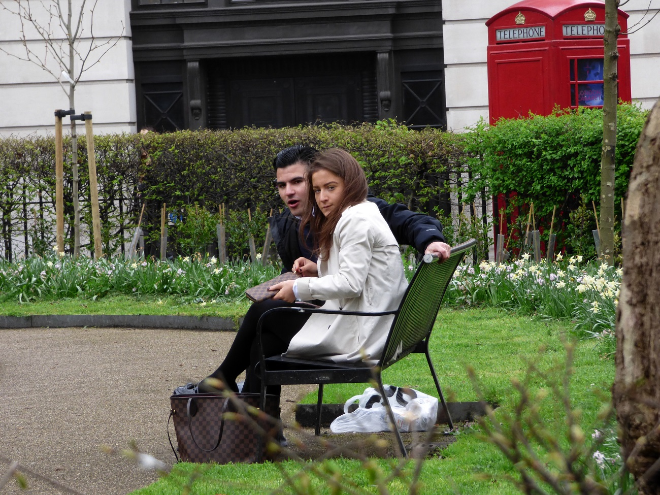 20170323_Camden_Bloomsbury-Square-Gardens_Oy-what-you-looking-at