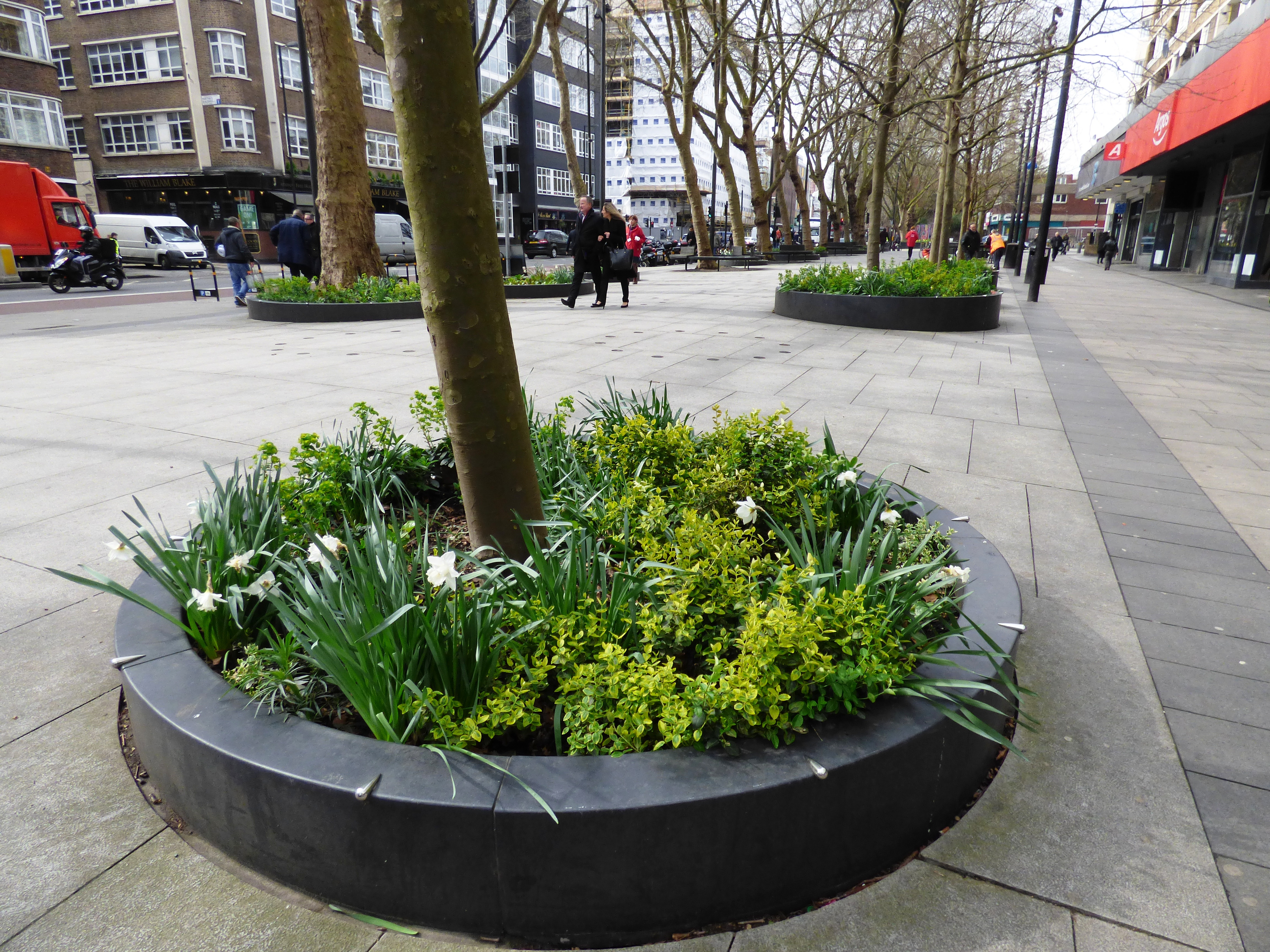 20170323_Islington_Old-Street_Bowls-of-Green-Space
