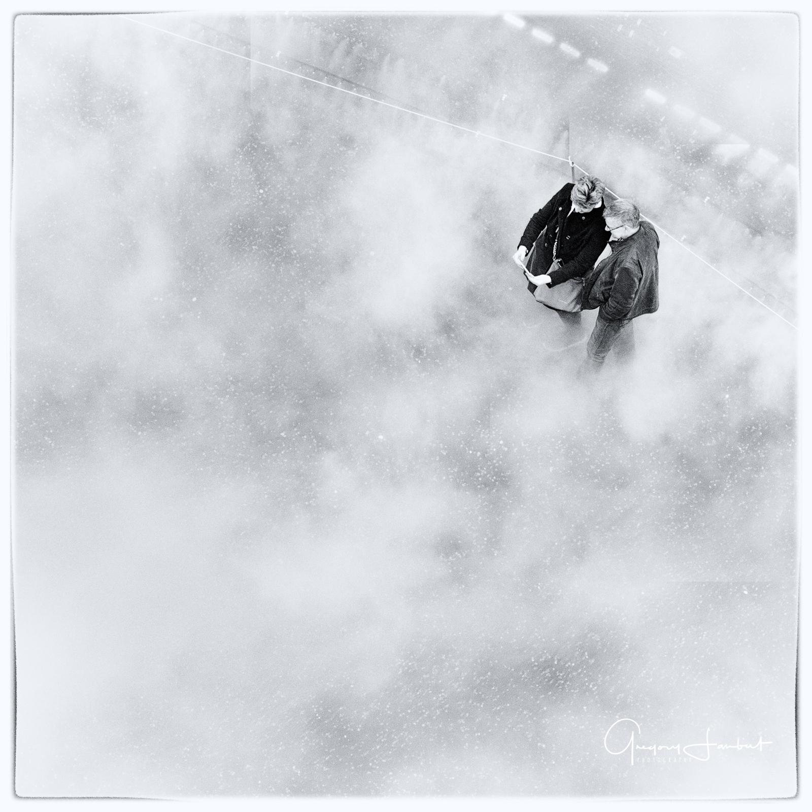 20170331_Southwark_Tate-Modern-Steam-Art-Installation_Steamy-Couple