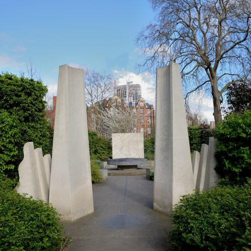 20170401_Southwark_Kennington-Road_Entrance-to-Tibetan-Peace-Garden