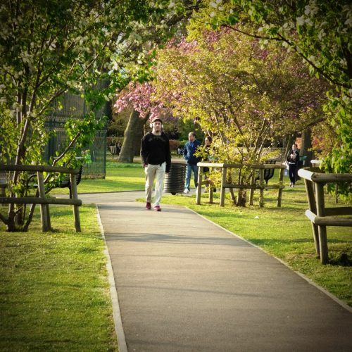 20170403_Newham_Stratford-Park_Headphones-on