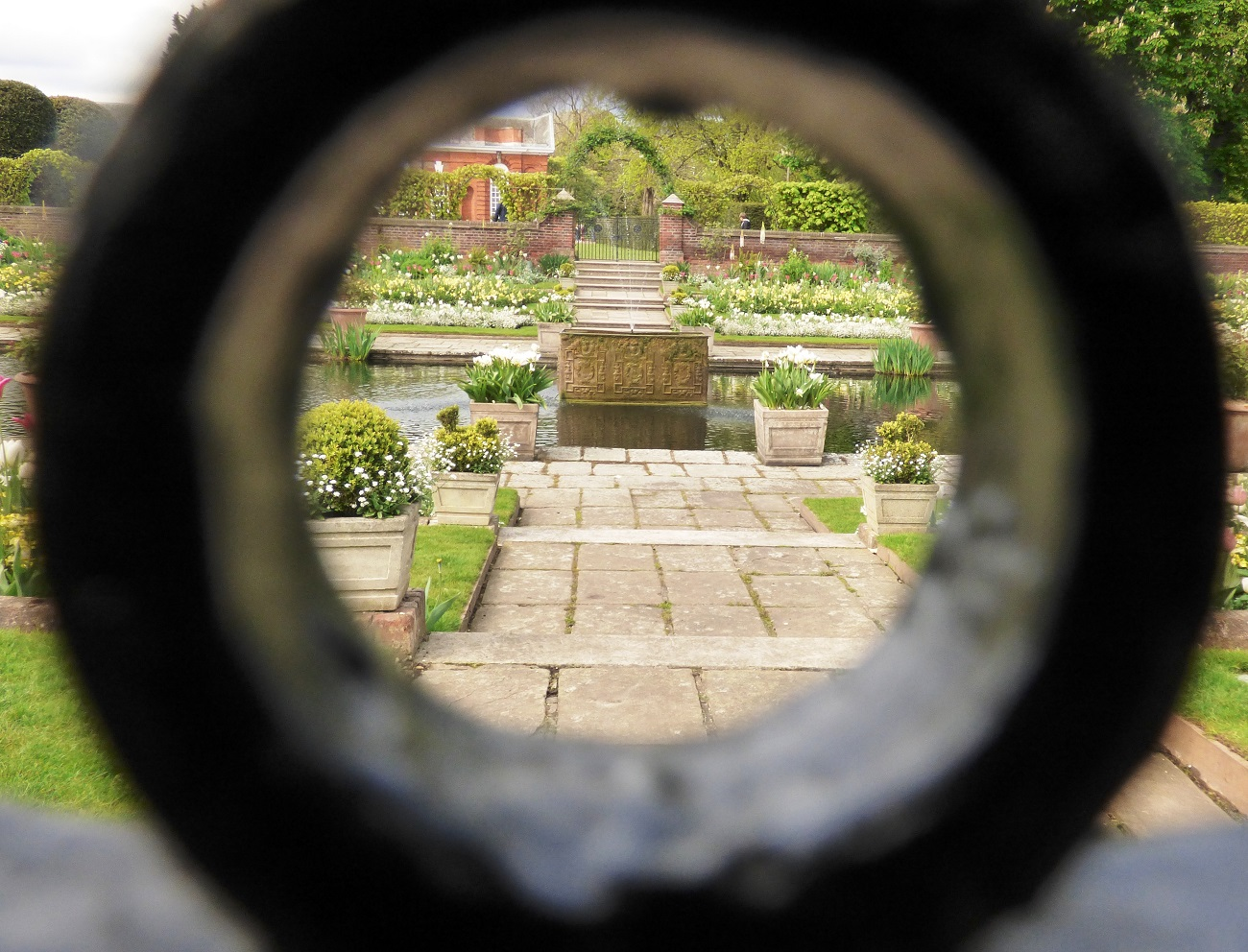 20170407_Westminster_Kensington-Palace-Memorial-Garden_Kensington-Palace-Memorial-Garden