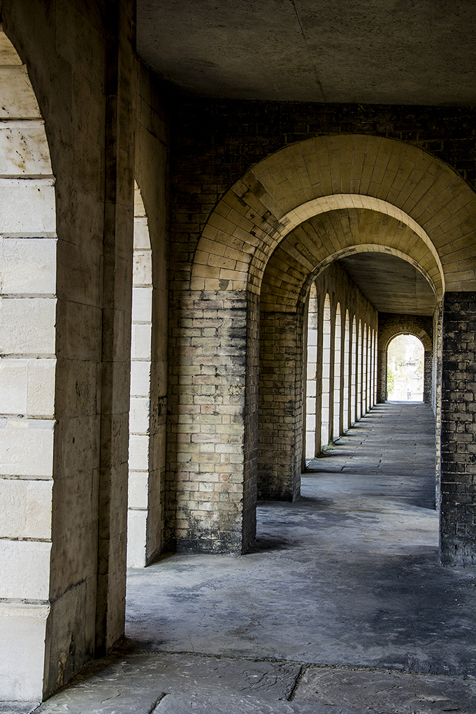 20170409_Hammersmith-and-Fulham_-Brompton-Cemetery_Arches