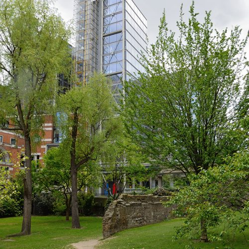 20170416_City-of-London_Monkwell-Square_Barber-Surgeons-Hall-Garden
