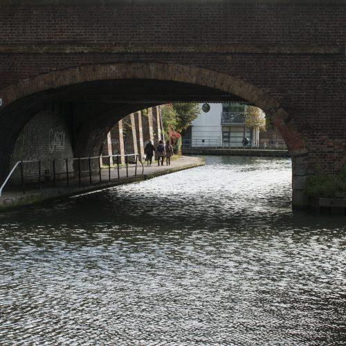 2016-10-18-Camden_Regents-Canal_Autumn_Landscape-Camden-Road-Bridge