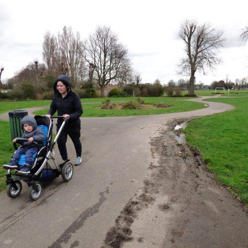 20170306_Redbridge_Barkingside-Park_Rushing-through-the-park