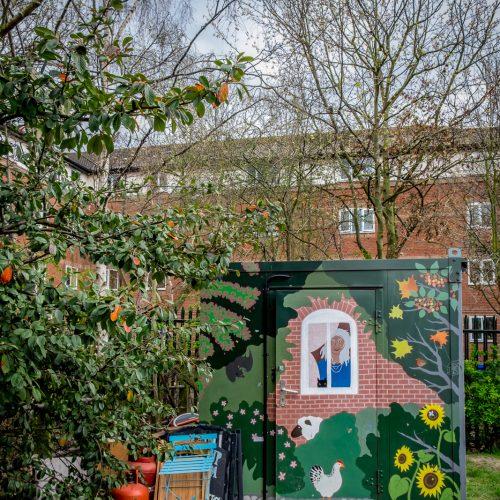 20160413_Southwark_Surrey-Docks-Farm_Pretty-Farm-Shed