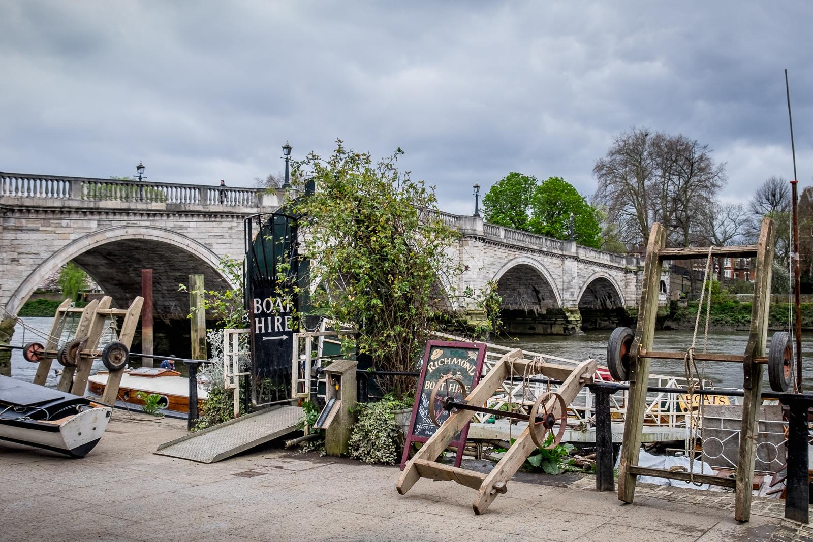 20160416_Richmond-Upon-Thames_Richmond-Bridge_Boats-hire
